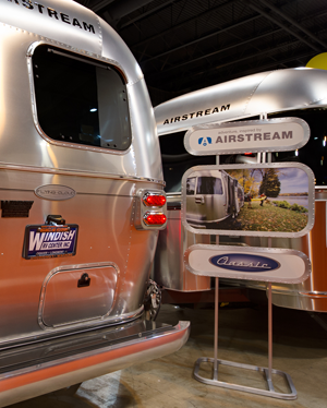 Oregon State Eugene Spring RV Show: Enjoying the indoor motorhome exhibits